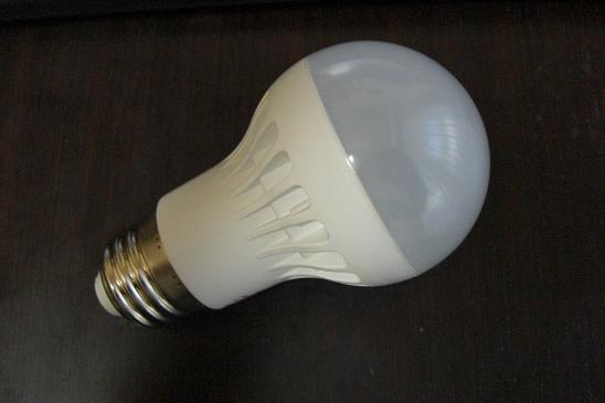 我が家もLED電球に変更